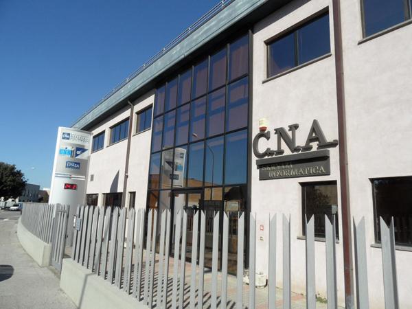 Gli orari degli uffici di CNA nel mese di agosto