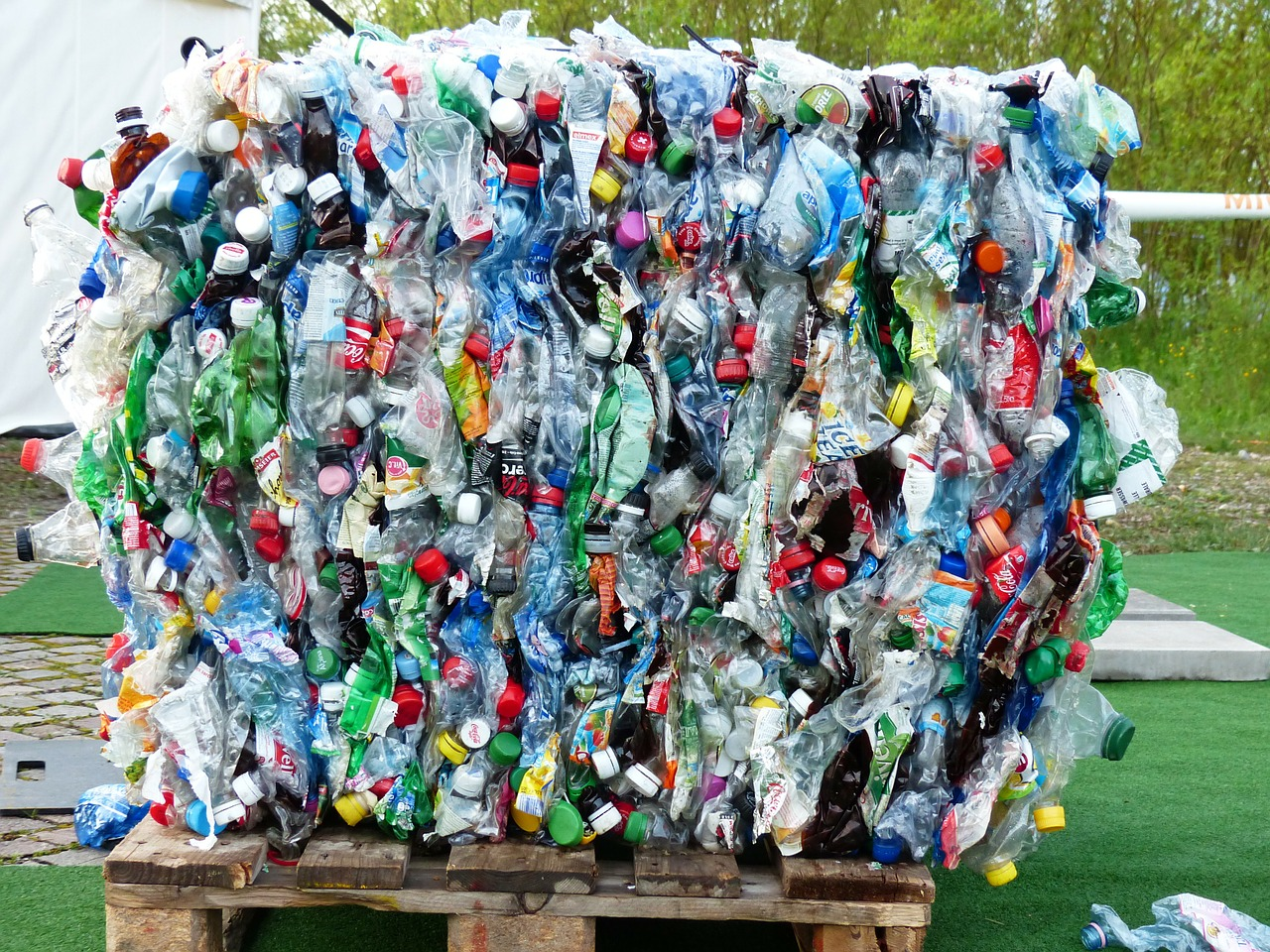 "Plastic tax: ""Inutile e vessatoria"""