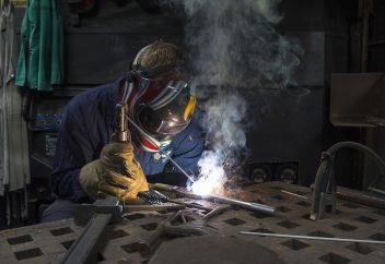 Patentino di saldatore per ferro, acciaio e polietilene